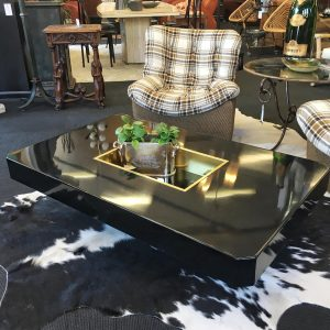 French 1970s Coffee Table in the style of Willy Rizzo